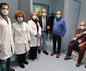 https://www.tp24.it/immagini_articoli/11-09-2021/1631312506-0-castelvetrano-bene-confiscato-diventa-centro-vaccinale.jpg