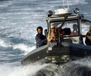 https://www.tp24.it/immagini_articoli/11-10-2018/1539238826-0-mazara-pescherecci-sequestrati-sfida-allitalia-libia.jpg