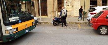 https://www.tp24.it/immagini_articoli/11-10-2018/1539267980-0-marsala-bloccare-traffico-centro.jpg