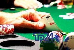 https://www.tp24.it/immagini_articoli/11-11-2019/1573453301-0-sicilia-scoperta-banda-truffa-poker.jpg