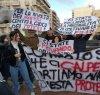https://www.tp24.it/immagini_articoli/11-12-2018/1544519709-0-marsala-protesta-scientifico-immagini.jpg
