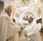 https://www.tp24.it/immagini_articoli/12-01-2018/1515737807-0-calatafimi-segesta-apre-visita-pastorale-diocesi.jpg