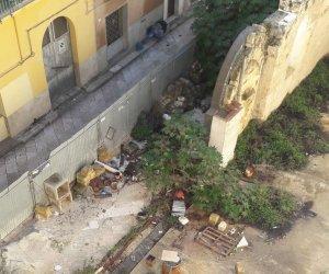 https://www.tp24.it/immagini_articoli/12-01-2019/1547286102-0-marsala-condizioni-indecenti-cantiere-michele-andrea-danna.jpg