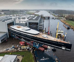 https://www.tp24.it/immagini_articoli/12-01-2020/1578842191-0-eagle-yacht-grande-mondo-dotato-vele.jpg