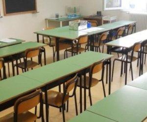 https://www.tp24.it/immagini_articoli/12-02-2018/1518419685-0-carnevale-castelvetrano-scuole-restano-aperte-perche-disinfestazione.jpg