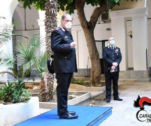 https://www.tp24.it/immagini_articoli/12-02-2021/1613116128-0-carabinieri-il-generale-cavallo-in-visita-a-trapani.jpg