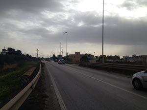 https://www.tp24.it/immagini_articoli/12-03-2018/1520853753-0-pessime-condizioni-strade-mazara-interrogazione-grutta.jpg