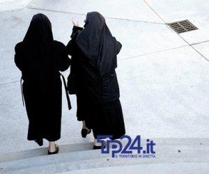 https://www.tp24.it/immagini_articoli/12-03-2019/1552376066-0-campobello-mazara-suore-processo-maltrattamenti.jpg