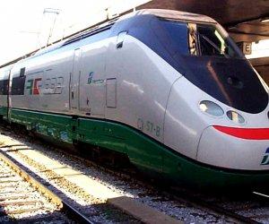 https://www.tp24.it/immagini_articoli/12-05-2019/1557652524-0-piano-ferrovie-stato-miliardi-investimenti.jpg