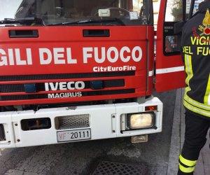https://www.tp24.it/immagini_articoli/12-05-2019/1557679195-0-paura-autostrada-auto-fuoco-pressi-svincolo-alcamo.jpg