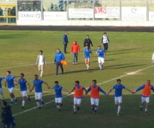 https://www.tp24.it/immagini_articoli/12-05-2019/1557689289-0-marsala-calcio-piega-portici-vola-finale-play-turris.jpg
