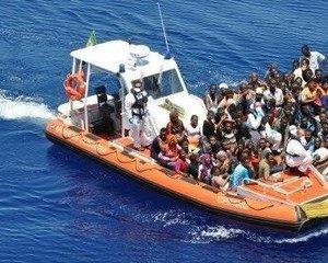 https://www.tp24.it/immagini_articoli/12-06-2018/1528787234-0-ricatto-salvini-maio-bruxelles-altri-naufraghi-arrivo-italia.jpg