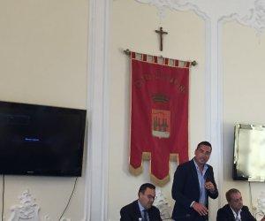 https://www.tp24.it/immagini_articoli/12-07-2018/1531387147-0-trapani-peppe-guaiana-stato-eletto-presidente-consiglio-comunale.jpg