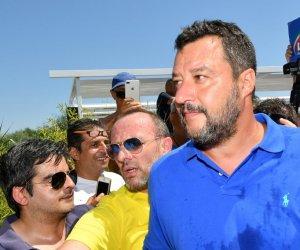 https://www.tp24.it/immagini_articoli/12-08-2019/1565591566-0-sicilia-salvini-tour-contestato-siracusa-catania.jpg