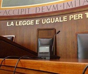 https://www.tp24.it/immagini_articoli/12-09-2013/1379021213-0-soppressione-dei-tribunali-ecco-cosa-cambia-in-sicilia.jpg