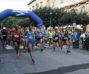 https://www.tp24.it/immagini_articoli/12-10-2015/1444605224-0-atletica-al-trofeo-sale-e-saline-di-trapani-18-atleti-della-polisportiva-marsala.jpg