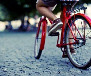 https://www.tp24.it/immagini_articoli/12-10-2019/1570877286-0-marsala-bici-cosi-rischia-vita.jpg