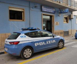 https://www.tp24.it/immagini_articoli/12-10-2019/1570879276-0-marsala-aggredisce-moglie-minaccia-dare-fuoco-tutto-arrestato-polizia.jpg