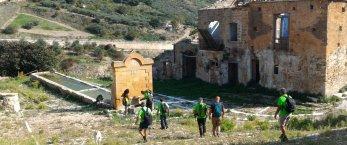 https://www.tp24.it/immagini_articoli/12-10-2019/1570913864-0-antica-trasversale-sicula-cammino-rappresenta-lidentita-trapanese.jpg
