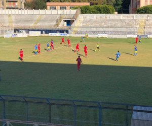 https://www.tp24.it/immagini_articoli/12-10-2021/1634055018-0-calcio-eccellenza-akragas-2-mazara-0.jpg
