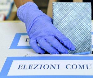 https://www.tp24.it/immagini_articoli/12-10-2021/1634055589-0-il-voto-il-giorno-dopo-voto-trasversale-per-surdi-ad-alcamo-chi-vince-e-chi-perde-in-sicilia-nbsp.jpg