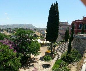https://www.tp24.it/immagini_articoli/12-11-2014/1415782988-0-alcamo-dato-in-gestione-il-parco-suburbano-san-francesco.jpg