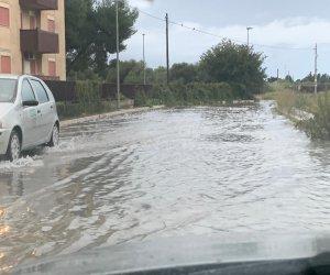 https://www.tp24.it/immagini_articoli/12-11-2019/1573550284-0-maltempo-situazione-marsala-disagi-strade-allagate-alcune-zone.jpg