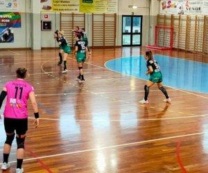https://www.tp24.it/immagini_articoli/13-01-2021/1610564272-0-vittoria-in-trasferta-alla-prima-di-ritorno-per-la-ac-life-style-handball-erice.jpg