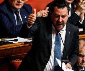 https://www.tp24.it/immagini_articoli/13-02-2020/1581579341-0-senato-manda-processo-salvini.jpg