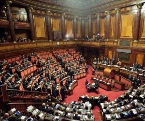 https://www.tp24.it/immagini_articoli/13-03-2018/1520939395-0-toninelli-presidente-senato-giorgetti-camera.jpg
