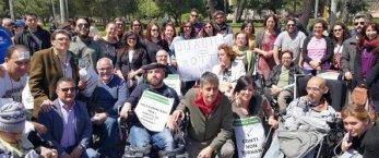 https://www.tp24.it/immagini_articoli/13-04-2017/1492067586-0-perche-la-sicilia-abbandona-i-disabili-soldi-solo-a-parole-e-impegni-mancati.jpg
