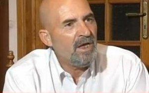 https://www.tp24.it/immagini_articoli/13-04-2021/1618329740-0-l-ex-pentito-calcara-enzo-spara-e-ho-sparato-ma-il-suo-avvocato-scrive-a-tp24.jpg