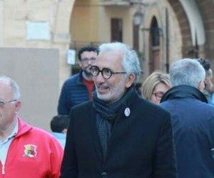 https://www.tp24.it/immagini_articoli/13-05-2019/1557723656-0-castelvetrano-alfano-sindaco-ecco-giunta-consiglio-comunale.jpg