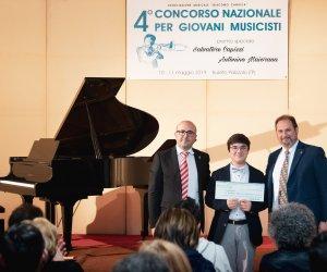 https://www.tp24.it/immagini_articoli/13-05-2019/1557727122-0-buseto-palizzolo-successo-concorso-nazionale-giovani-musicisti-vincitori.jpg