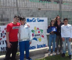 https://www.tp24.it/immagini_articoli/13-05-2019/1557727314-0-castelvetrano-capuanapardo-primo-posto-torneo-legalita.jpg