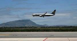 https://www.tp24.it/immagini_articoli/13-05-2019/1557751127-0-aeroporto-birgi-sindaco-marsala-incontra-musumeci-sindacati-fate-presto.jpg