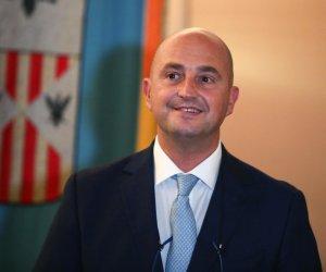 https://www.tp24.it/immagini_articoli/13-05-2019/1557783972-0-fondi-turano-sbloccati-pagamenti-imprese-siciliane.jpg