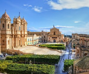 https://www.tp24.it/immagini_articoli/13-06-2016/1465804380-0-turismo-anche-per-l-estate-2016-previsto-il-pieno-di-presenza-in-sicilia.jpg