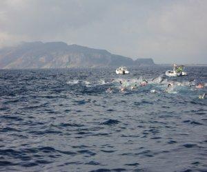 https://www.tp24.it/immagini_articoli/13-06-2018/1528845599-0-nuoto-levanzo-favignana-svolta-egadi-swim-race.jpg