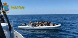 https://www.tp24.it/immagini_articoli/13-06-2018/1528872489-0-operazione-scorpione-fish-tunisino-scarcerato.jpg