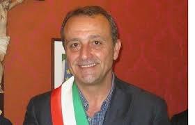 https://www.tp24.it/immagini_articoli/13-06-2018/1528885265-0-giacomo-tranchida-stato-proclamato-sindaco-trapani.jpg