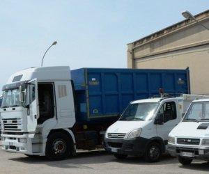 https://www.tp24.it/immagini_articoli/13-06-2019/1560409778-0-mazara-furto-allautoparco-comunale-rubato-furgone-attrezzi.jpg