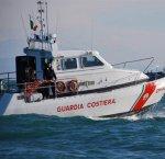 https://www.tp24.it/immagini_articoli/13-08-2018/1534146544-0-favignana-yacht-imbarca-acqua-affonda-paura-sette-diportisti.jpg