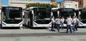 https://www.tp24.it/immagini_articoli/13-09-2021/1631535251-0-marsala-il-sindaco-grillo-cancella-i-bus-nel-pomeriggio-aumentano-le-proteste.jpg