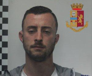 https://www.tp24.it/immagini_articoli/13-10-2018/1539433685-0-droga-auto-palermitano-arrestato-polizia-marsala-stava-andando.jpg