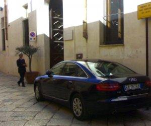https://www.tp24.it/immagini_articoli/13-11-2013/1384323913-0-mazara-l-auto-del-sindaco-cristaldi-in-sosta-vietata.jpg