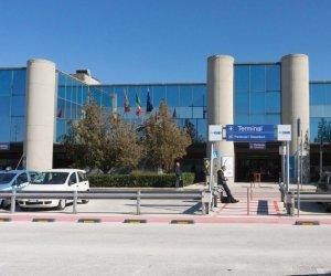 https://www.tp24.it/immagini_articoli/14-02-2020/1581695695-0-aeroporto-trapani-pubblicato-bando-continuita-territoriale.jpg