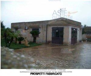 https://www.tp24.it/immagini_articoli/14-03-2019/1552552623-0-abitazione-villini-berbarello-n107-marsala.jpg