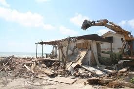 https://www.tp24.it/immagini_articoli/14-05-2014/1400081124-0-abusivismo-costiero-in-sicilia-per-la-sanatoria-adesso-ci-prova-fazio.jpg