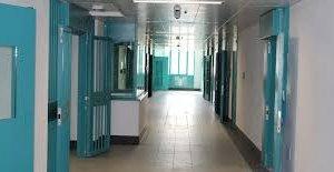 https://www.tp24.it/immagini_articoli/14-06-2018/1528952734-0-agenti-polizia-penitenziaria-aggrediti-carceri-trapani-castelvetrano.jpg